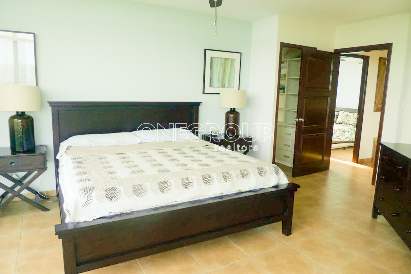 Apartament in Coronado Golf