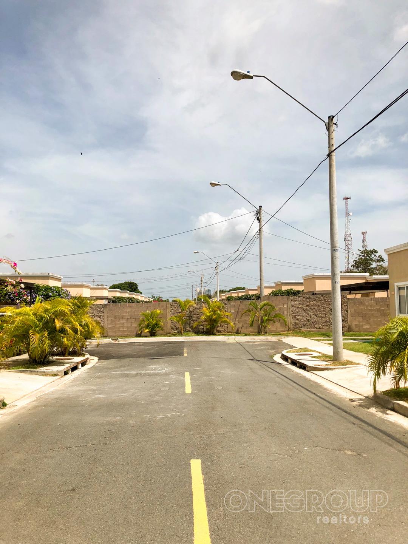 House in Paraiso Village